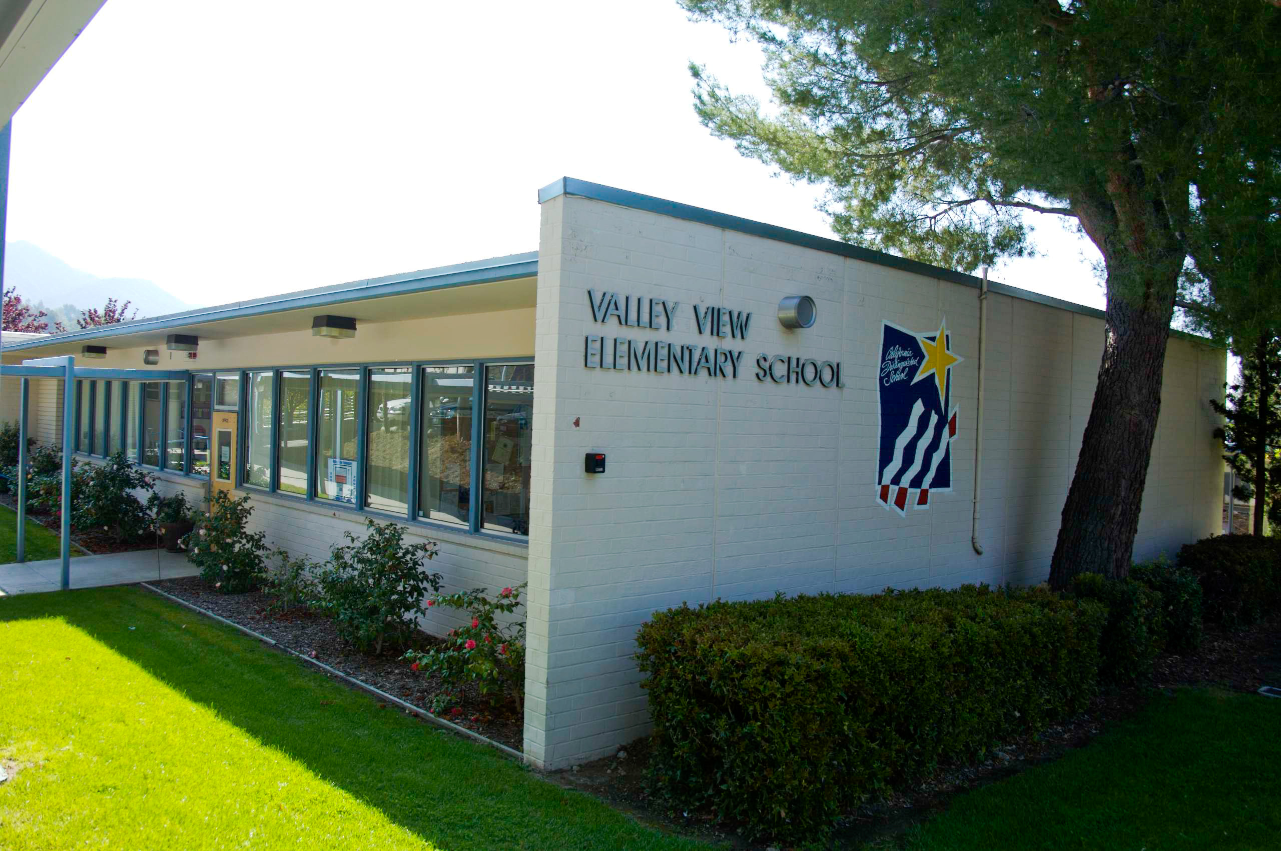 Valley View School Pic